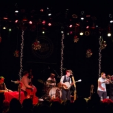 BLAIR_CRIMMINS_AND_THE_HOOKERS_VARIETY_PLAYHOUSE_DEC2013_CAPTAIN_CRAZY_web-6803