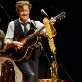 BLAIR_CRIMMINS_AND_THE_HOOKERS_VARIETY_PLAYHOUSE_DEC2013_CAPTAIN_CRAZY_web-6906